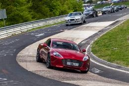 7.24h-nuerburgring-2013-parade_072 (260x173).jpg